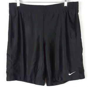 Nike Basketball Shorts size M
